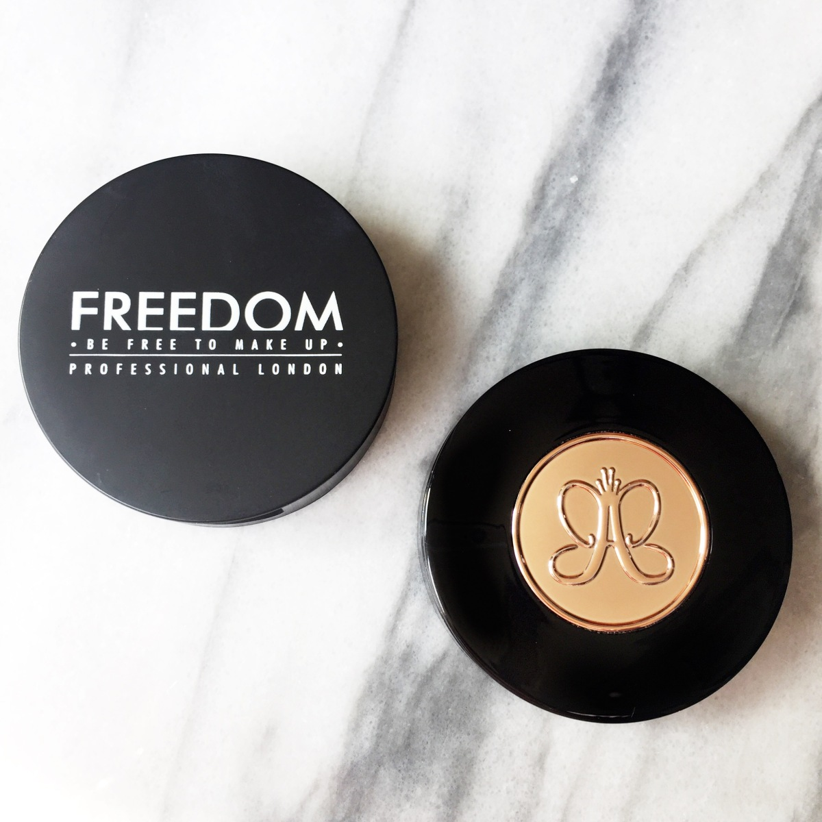 Anastasia Beverly Hills Brow Powder Duo vs Freedom Duo Brow Powder!!