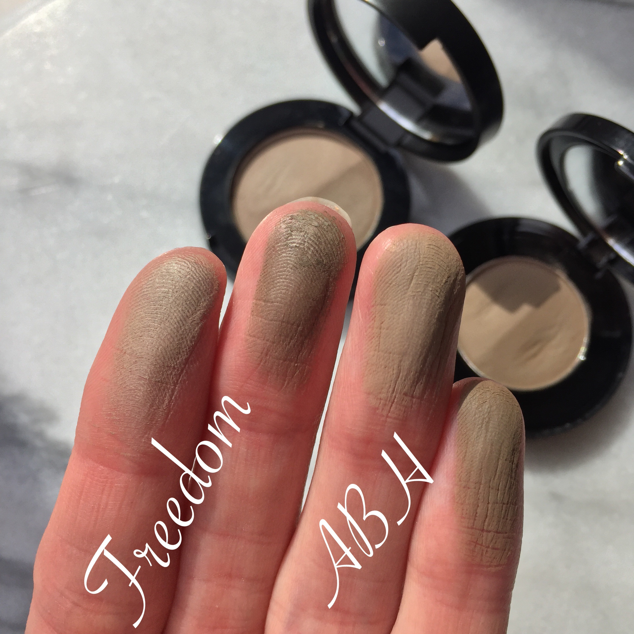 Brow Powder Duo by Anastasia Beverly Hills #8